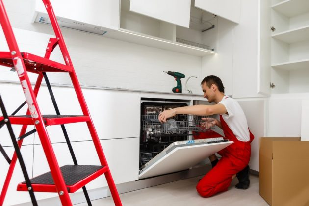 What to Do in Case of an Appliance Leak